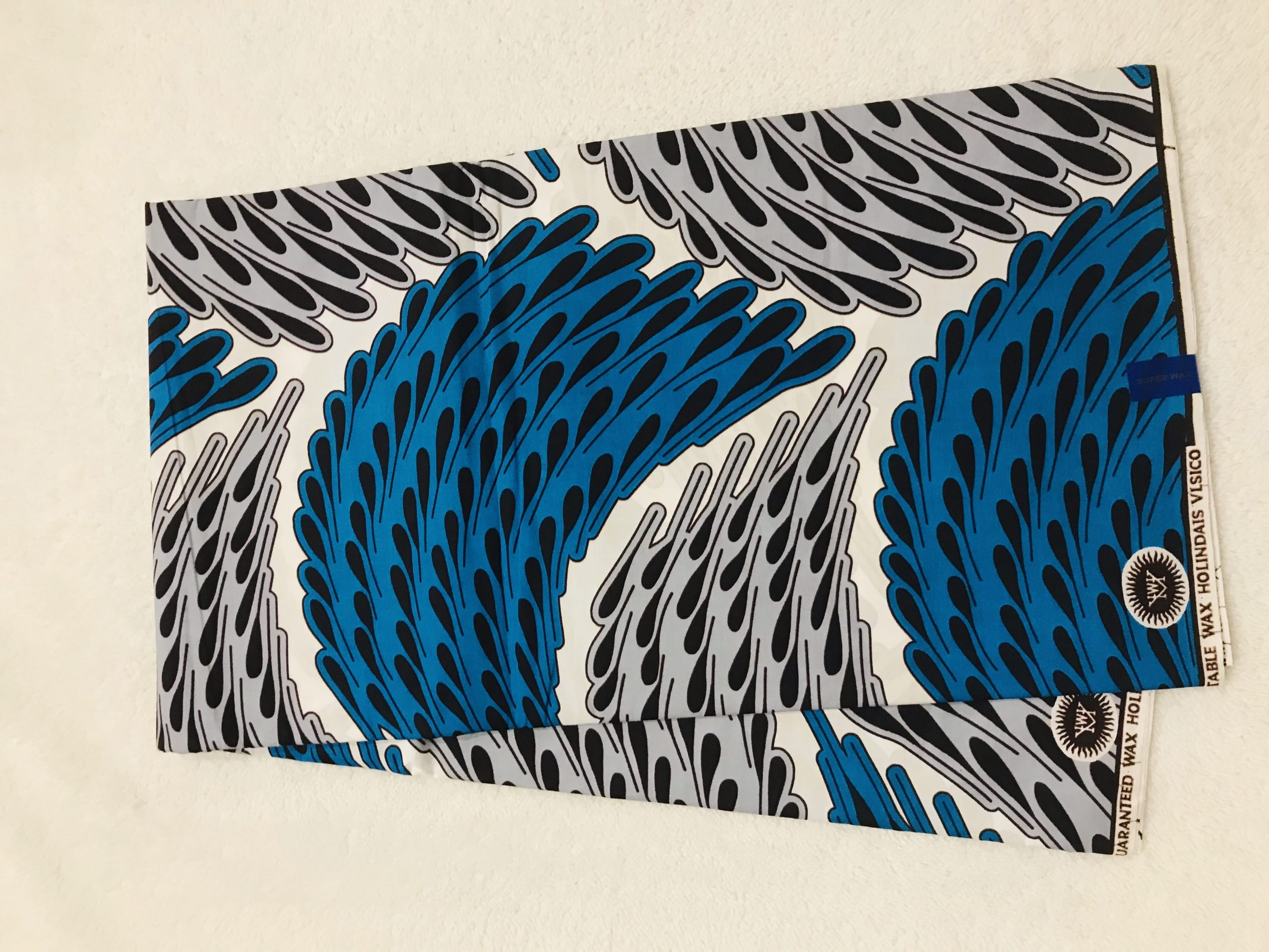 African Wax 6 yards blue gray and white rain dropped partern real African print.  Ankanra 100% cotton material.